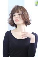 【SNSで話題の艶髪人気メニュー】スタイリストカット+イルミナカラー