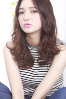 【SNSで話題の艶髪人気メニュー】ディレクターカット+イルミナカラー