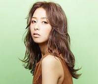 【SNSで話題、艶髪人気メニュー】カット+外国人風カラー(イルミナカラー)+トリートメント