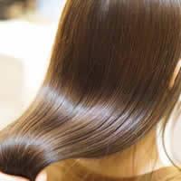 髪の毛のクセが気になる方にオススメ★スタイリストカット+縮毛矯正(ナチュラル)